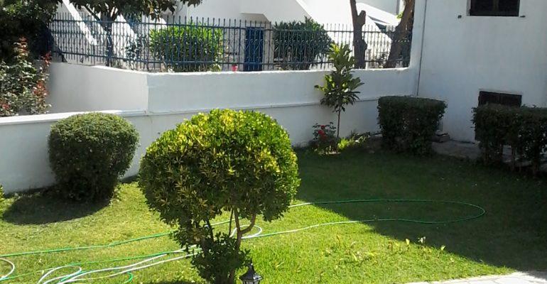 polihrono lenas garden vila